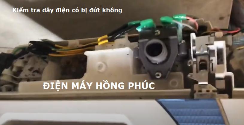chuot can dut day ben trong may giat